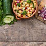 Receta de Ensalada de Garbanzos Vegana: Fácil y Llena de Nutrientes