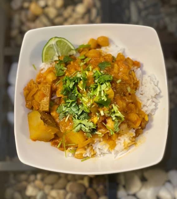 Receta de curry de garbanzos y papas